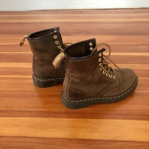 Dr. Martens Shoes - Dr Martens brown boots 8-eye. Size 6 women